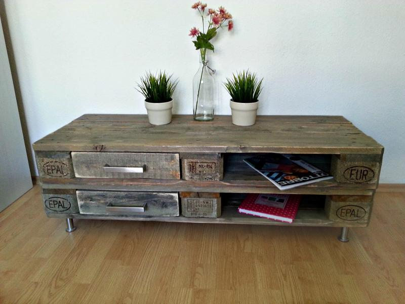 sideboard aus paletten mit schubladen dunkelbraun europaletten kommode europaletten. Black Bedroom Furniture Sets. Home Design Ideas