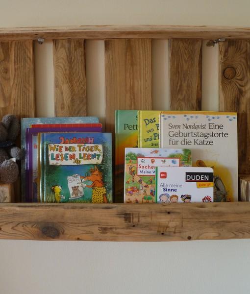 Bücherregal aus europaletten  Paletten-Wandregal /braun, natur/ Bücherregal aus Paletten ...