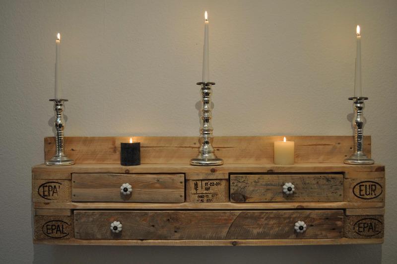 regal no 7 aus paletten weinregal mit schubladen naturfarben europaletten kaufen. Black Bedroom Furniture Sets. Home Design Ideas