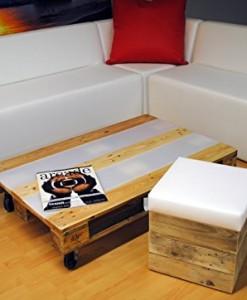 Beleuchteter-Designer-Couchtisch-Sofatisch-Lounge-Tisch-mit-Acrylglasinlays-AcrylHolz-aus-Recyclingpalette-0