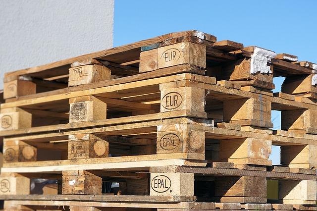 euro-pallets-1150296_640